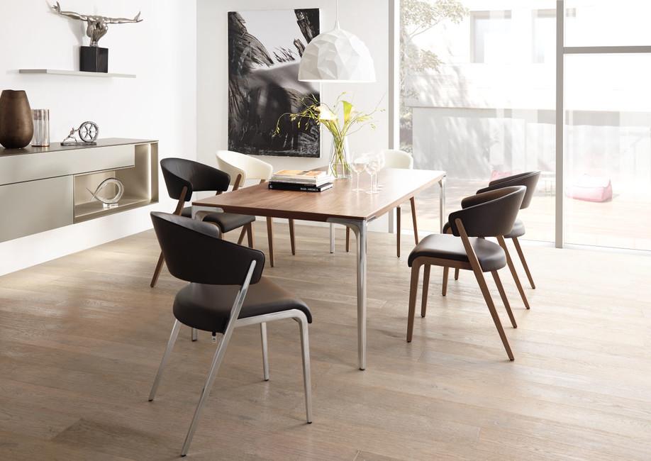 hulsta drevený stôl