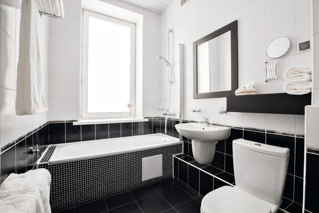 a9a282530b0a0 Ako dostať prirodzené svetlo do kúpeľne? | Styla.sk