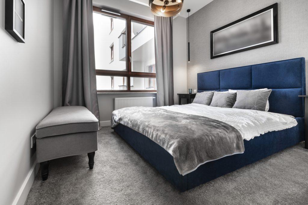 Ako sa starať o čalúnené postele?